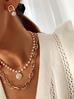 Naszyjnik z perełkami i zawieszką NPE0045