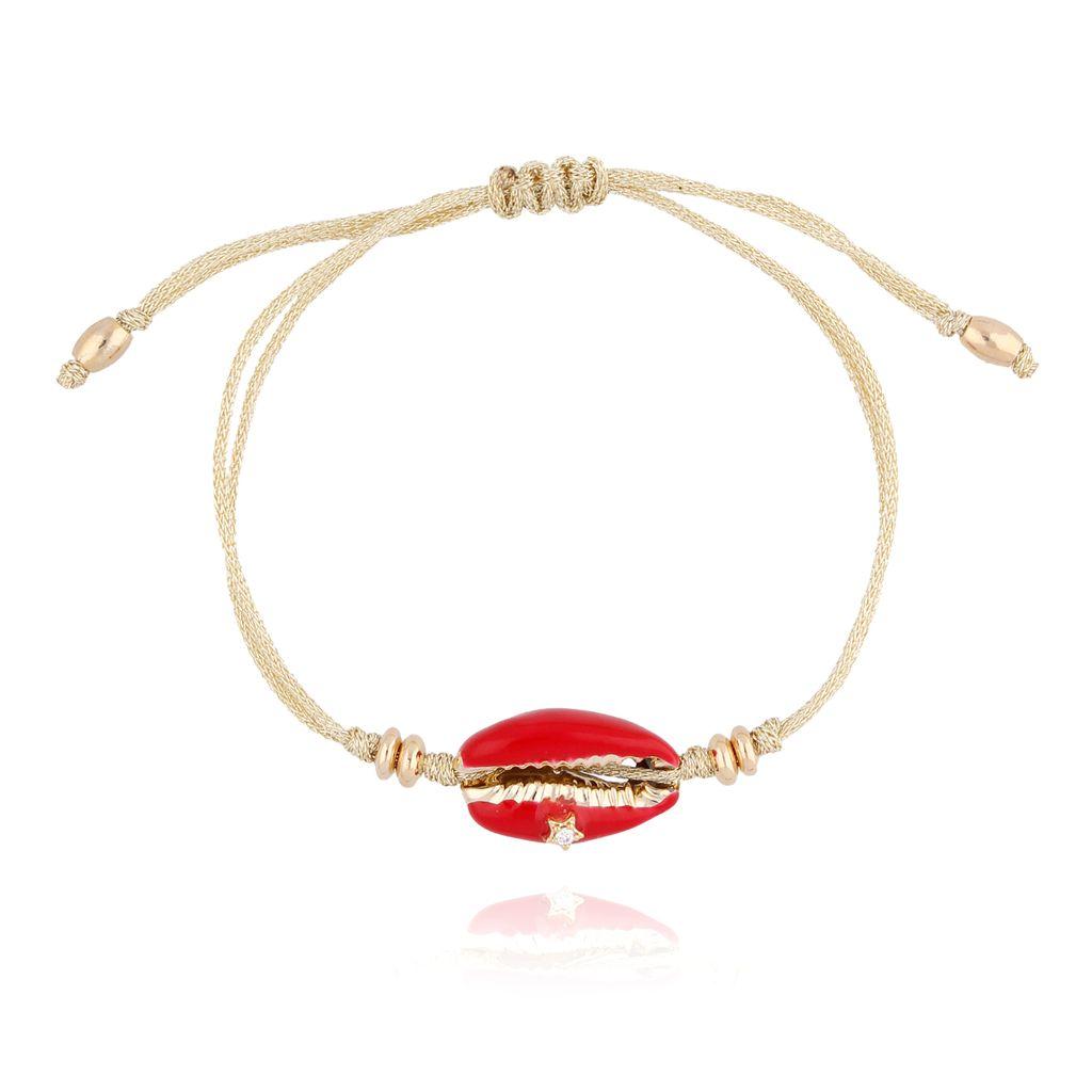Bransoletka z czerwoną  muszelką na beżowym sznurku BOV0075