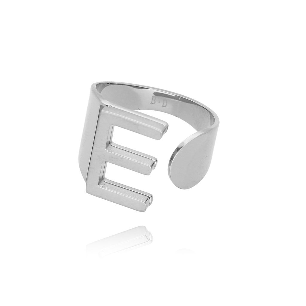 Pierścionek srebrny ze stali szlachetnej z literką E PSA0041