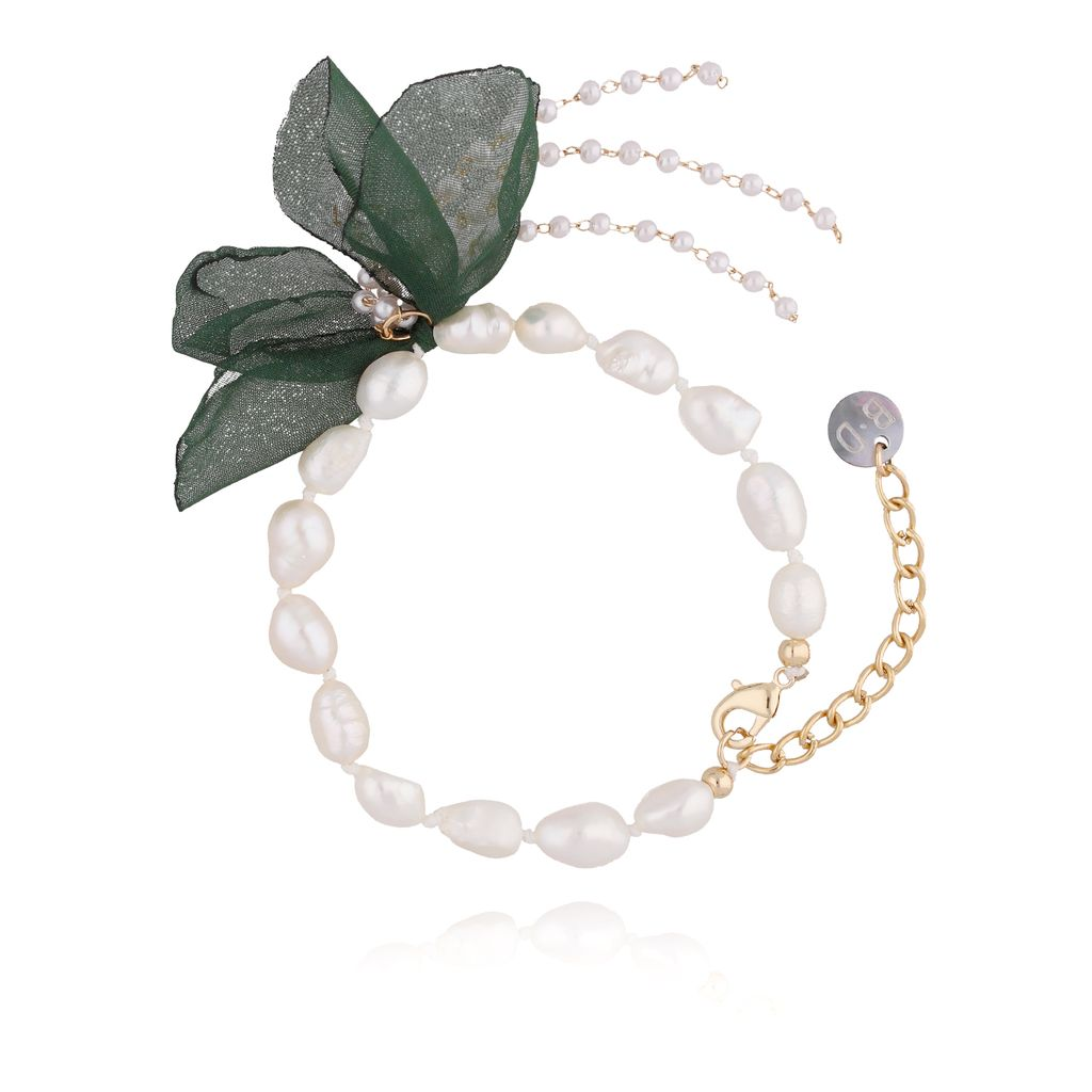 Bransoletka z perłami i z zielonym kwiatem  BBL0061
