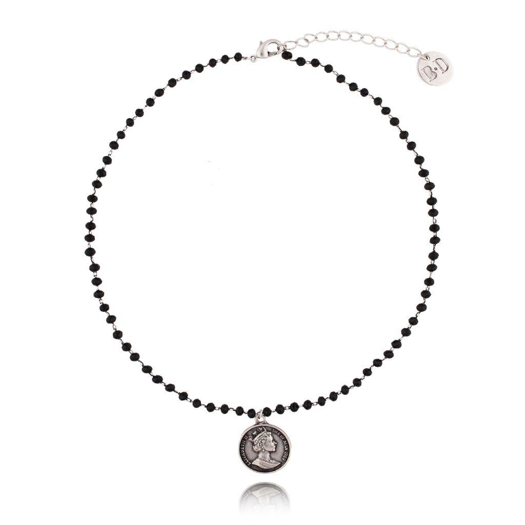 Naszyjnik z łańcuszkiem z czarnymi kryształkami i srebrną monetą NRG0123