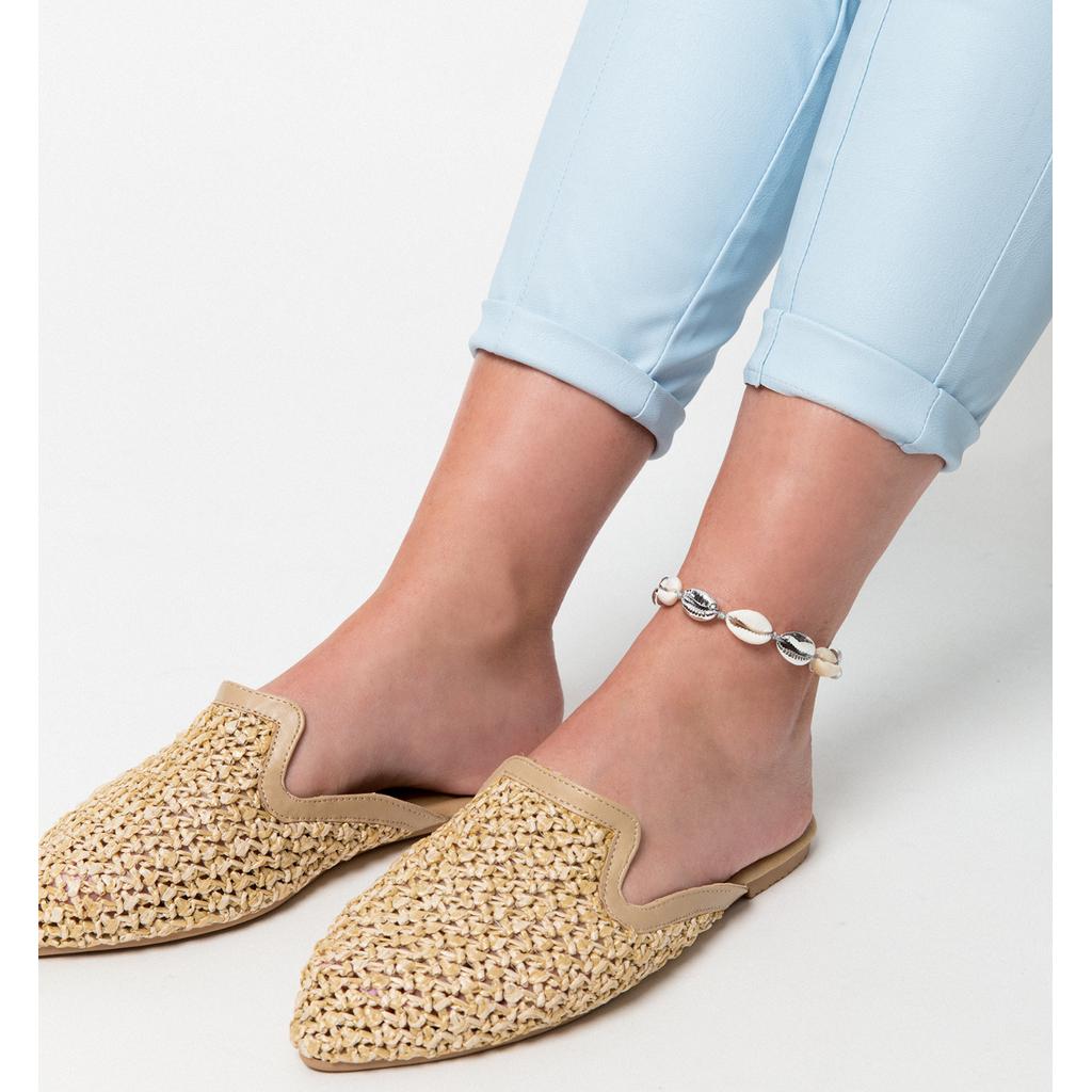 Bransoletka na nogę ze srebrnymi i naturalnymi muszlami Ocean Vibes BNOV0014