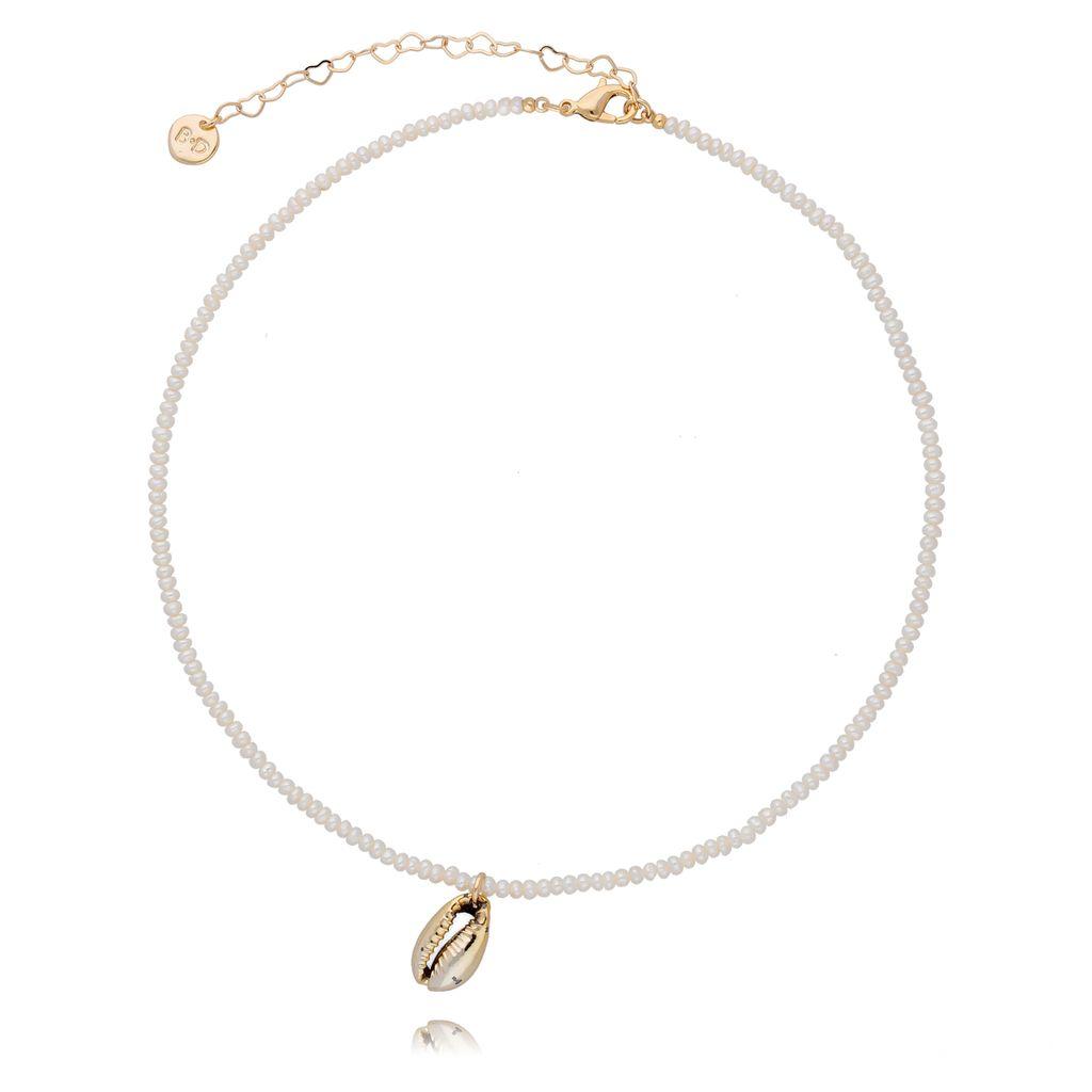 Naszyjnik z perełek z muszelką NOV0041