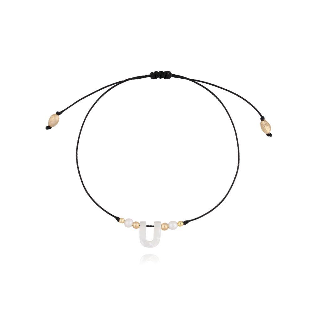 Bransoletka na sznurku z literką U BAT0039