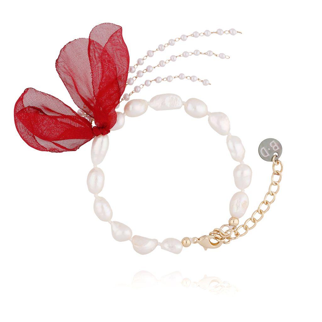 Bransoletka z perłami i z czerwonym kwiatem  BBL0059