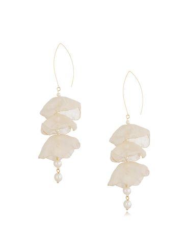 Kolczyki jedwabne kwiaty kremowe z perłami KBL0630