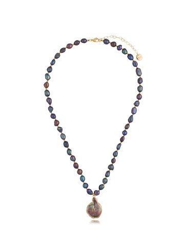 Naszyjnik z ciemnych pereł z zawieszką z masy perłowej Wild Pearl NPE0088