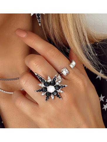 Pierścionek srebrny z czarną gwiazdą PU0010