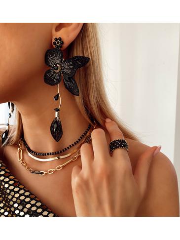 Kolczyki czarne kwiaty z kryształkami KLI0020